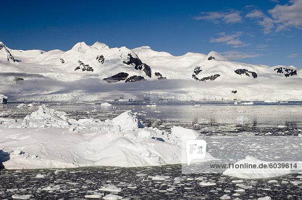 Gerlache Strait  Antarktische Halbinsel  Antarktis  Polarregionen