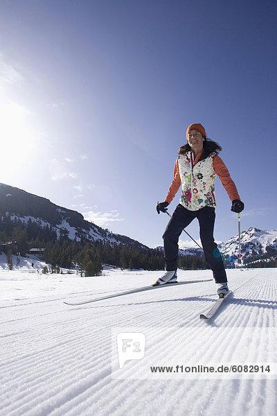 überqueren  Frau  Skisport  Kalifornien  Kreuz