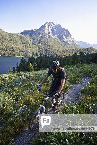 entfernt  Berg  fahren  See  Idaho