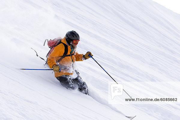 Skifahrer  Frische  drehen  Produktion  Gesichtspuder  Telemark