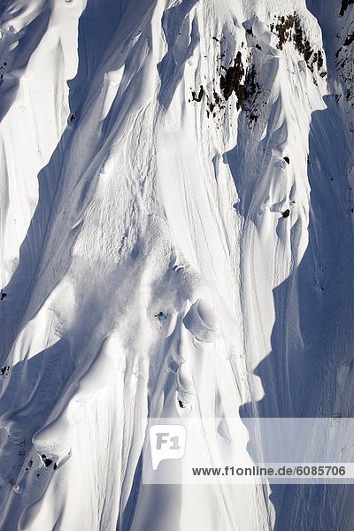 Berg  Ski  Skifahrer  absteigen  groß  großes  großer  große  großen  extrem  Alaska