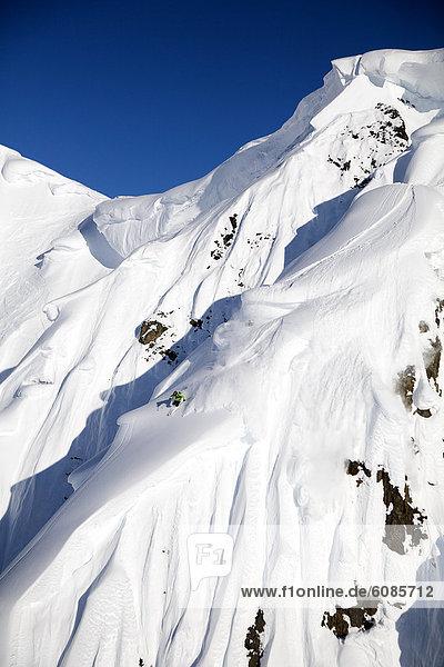 Ski  Skifahrer  absteigen  groß  großes  großer  große  großen  Alaska