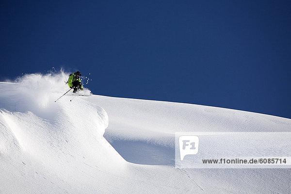 Ski  Skifahrer  Gesichtspuder  Alaska