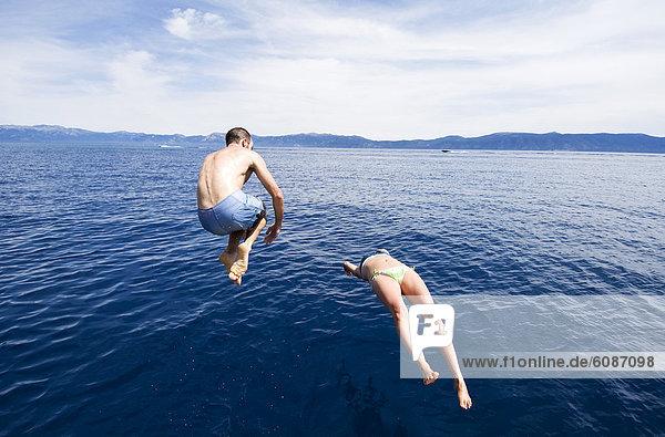 Wasser  Tag  Sommer  Wärme  See  blau  Nevada  jung  Kristall  Tauchgang