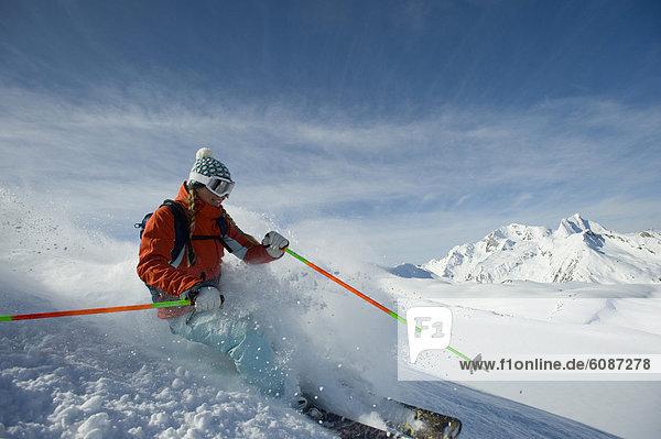 Frau  Berg  Ski  unbewohnte  entlegene Gegend  jung  Selkirk Mountains  Kanada