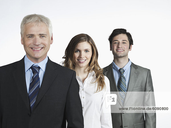 Männer und Frauen lächeln  Porträt