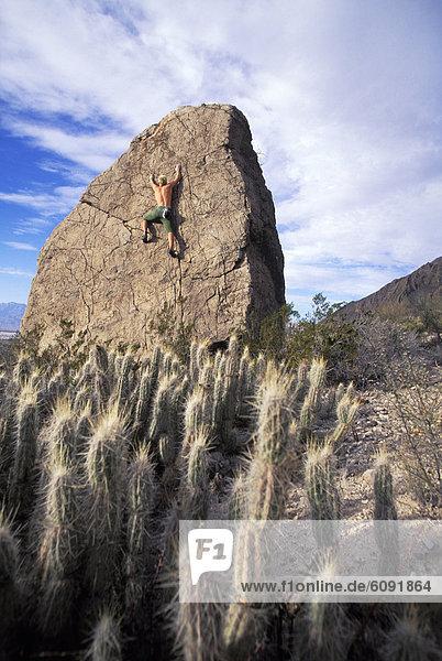Mann  Mexiko  Freeclimbing