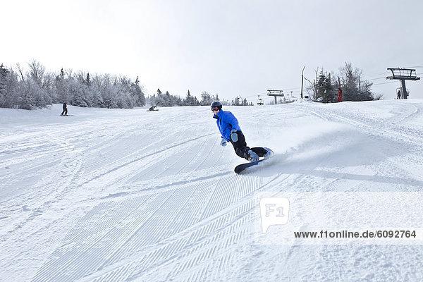 Snowboardfahrer  Frische  schnitzen  gepflegt  Hampshire  neu