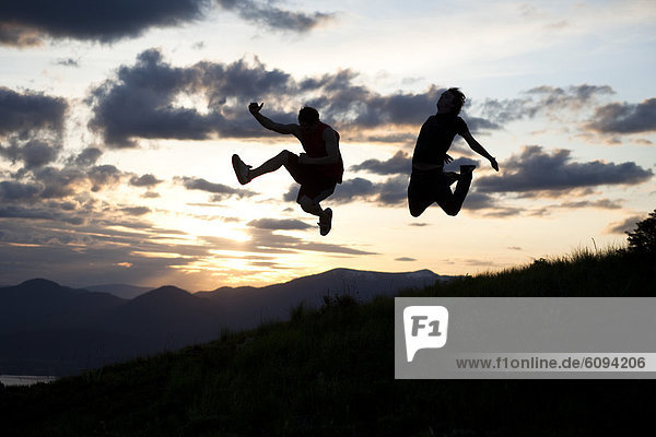 Mann  Sonnenuntergang  springen  2  Idaho