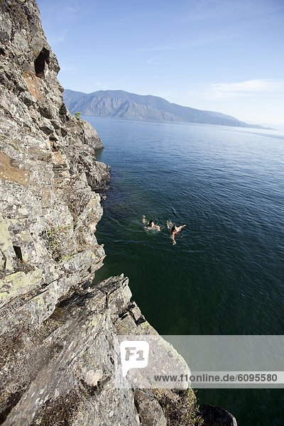 Frau  2  schwimmen  Idaho