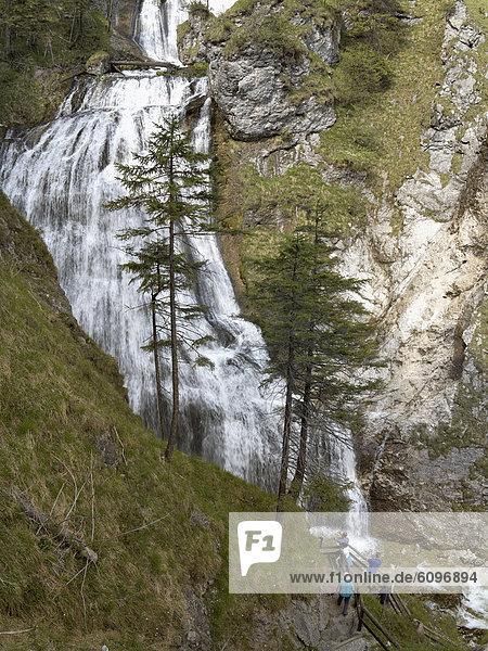 Österreich  Steiermark  Menschen in der Wasserlochklamm