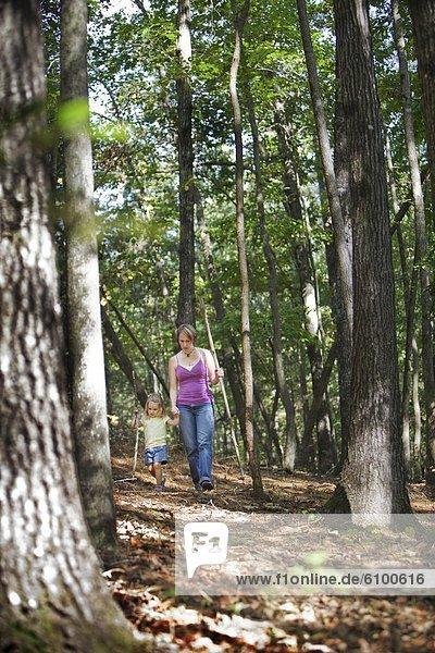 folgen  wandern  jung  Tochter  Mutter - Mensch  Alabama