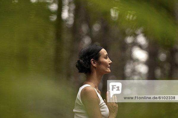 Profil  Profile  Frau  Yoga  Pose