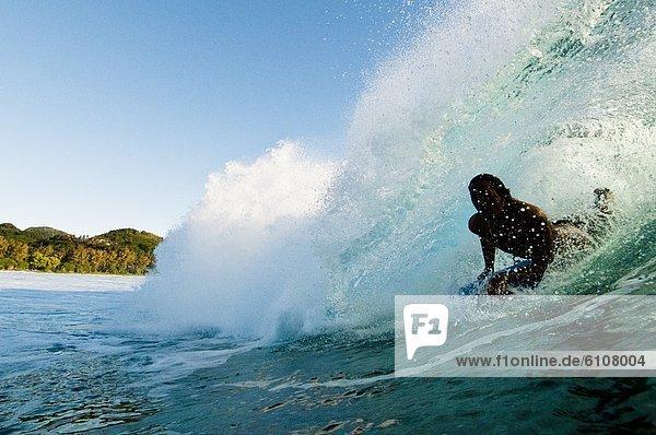 ziehen  Cook-Inseln  Rarotonga  Wasserwelle  Welle