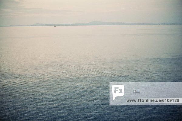 arbeiten  klein  Küste  Boot  Fischer  Italien  Sorrento