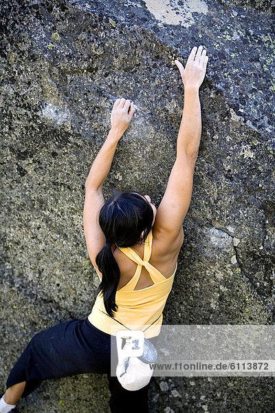 Attraktivität  Frau  Rückansicht  Ansicht  Freeclimbing