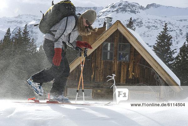 Frau  Ski  frontal  Lodge  Landhaus  Colorado  San Juan National Forest