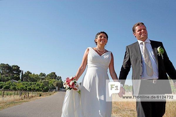 Braut  Bräutigam  Mallorca  sich in Schale schmeißen  Spanien