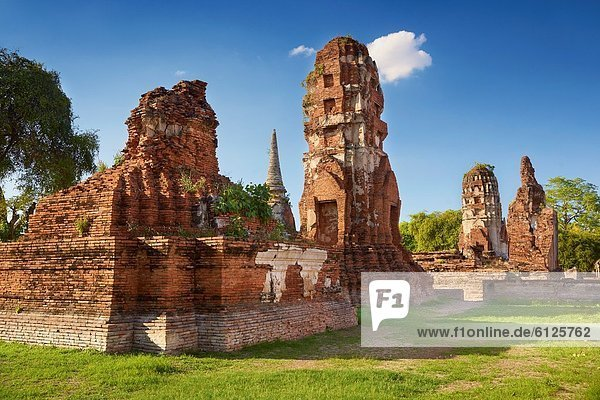 Thailand - Ayutthaya  Wat Phra Nakhon Si Temple