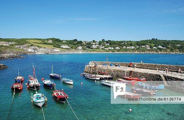 Hafen  Großbritannien  Boot  angeln  Cornwall  England