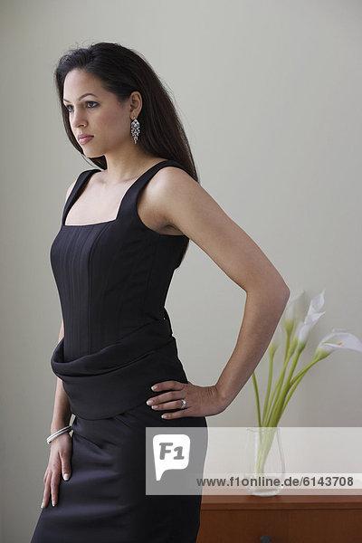 Portrait  Frau  Kleidung  Kleid