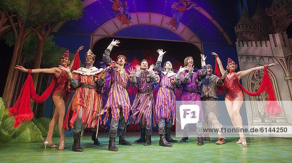 Monty Python's Musical Spamalot  Harold Pinter Theatre  London  England  Großbritannien  Europa