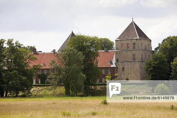 Wasserschloss Rheda  Rheda-Wiedenbrück  Münsterland  Nordrhein-Westfalen  Deutschland  Europa  ÖffentlicherGrund