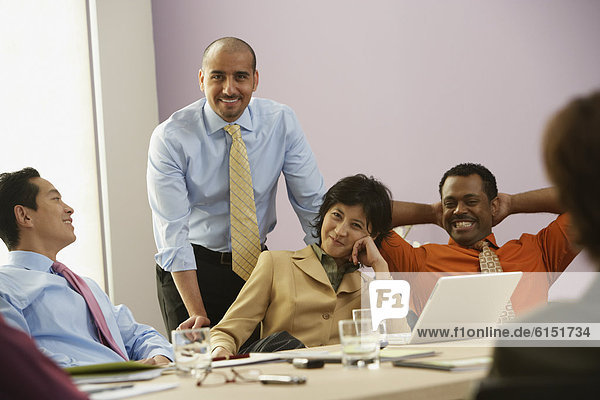 Wirtschaftsperson , Besuch,  Treffen,  trifft , multikulturell