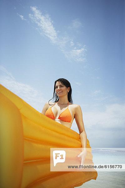 Frau  halten  Südamerika  Floß