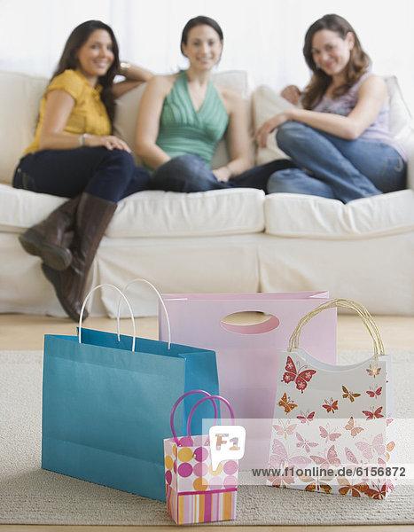 Geschenk Frau sehen Tasche jung 3