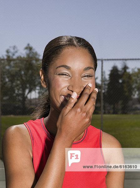 Afrikanische Frau lachen