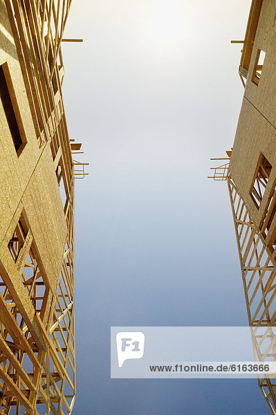 niedrig  bauen  Nachbarschaft  Ansicht  Flachwinkelansicht  Winkel