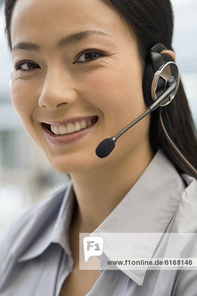 Geschäftsfrau  Headset  Kleidung