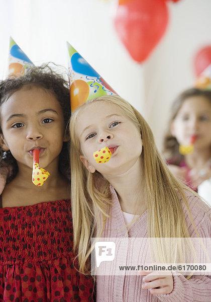 Party  Geburtstag  Mädchen  multikulturell