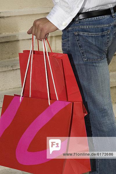 Frau  Tasche  Hispanier  halten  kaufen