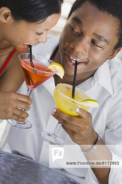 Cocktail  trinken  multikulturell