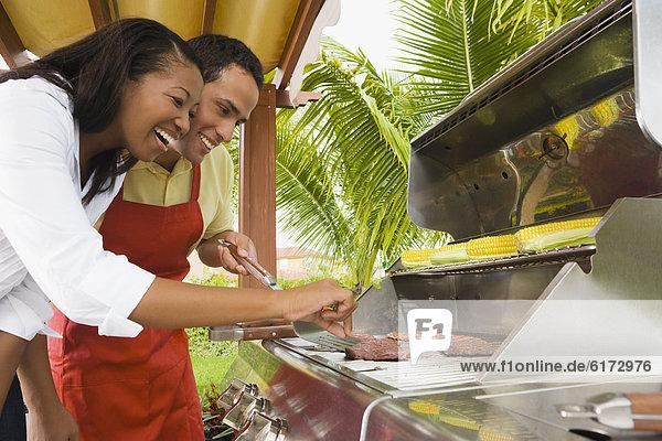 multikulturell  grillen  grillend  grillt multikulturell ,grillen, grillend, grillt