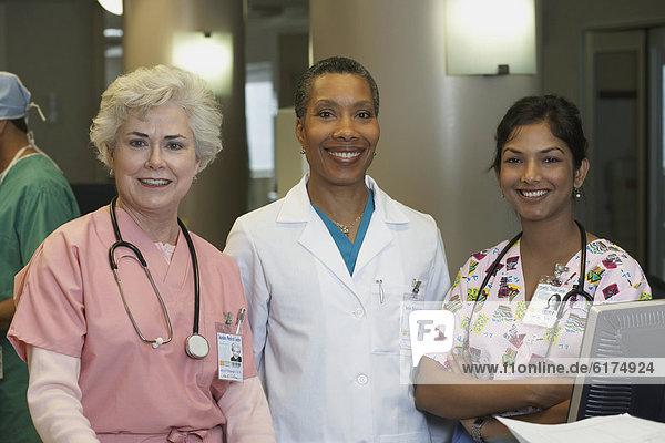Arzt  Pflegepersonal  Pfleger