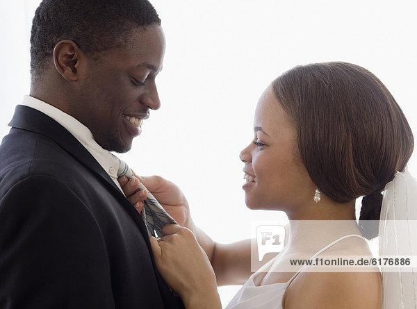 Braut  berichtigen  Krawatte