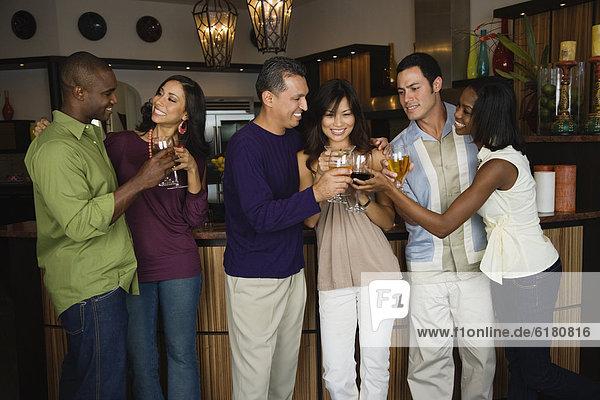Freundschaft  Party  multikulturell