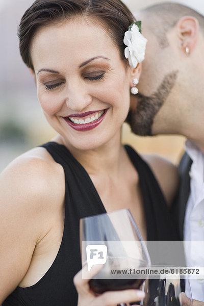 Mann  Frau  küssen  kubanisch