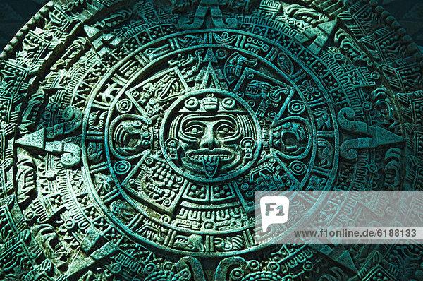 azteken gr 252 n kalender bld086113 schnitzen stein blend