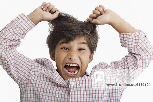 Junge - Person  Hispanier  schreien
