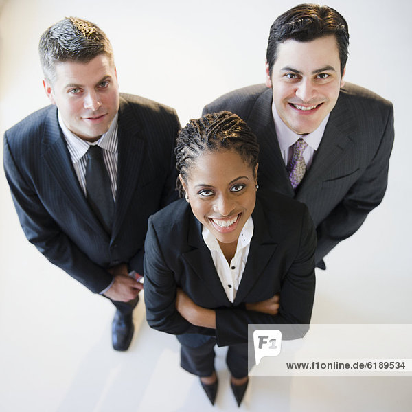 stehend  Zusammenhalt  Mensch  Menschen  lächeln  Business