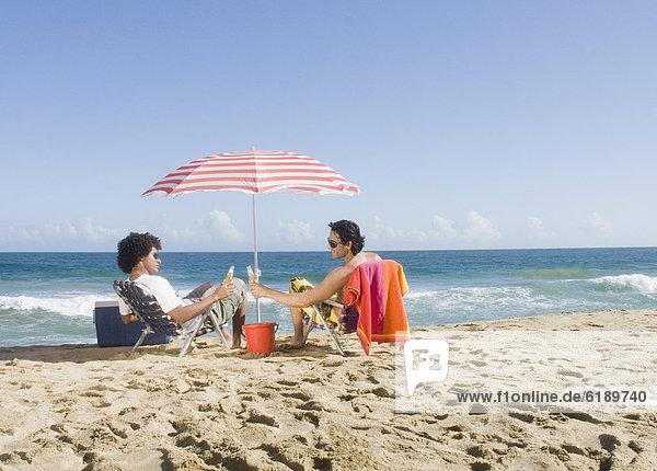 Entspannung  Strand  multikulturell