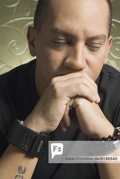Mann  Nervosität  geschlossen  Hispanier