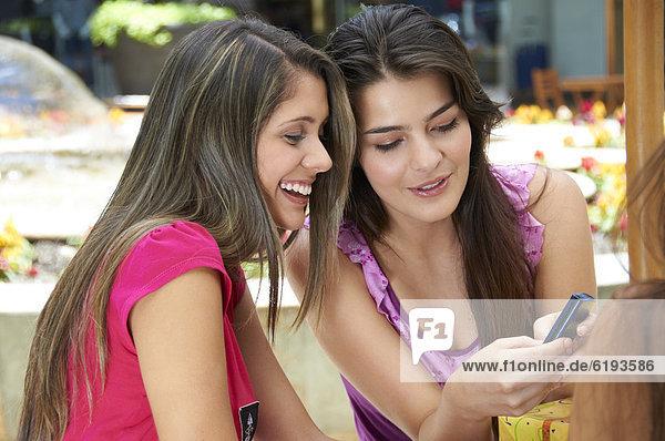 Handy  Freundschaft  Hispanier  Text  Kurznachricht