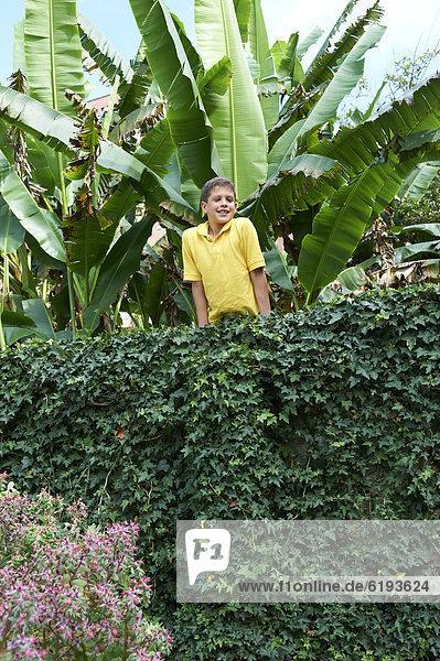 angelehnt  Wand  Junge - Person  Hispanier