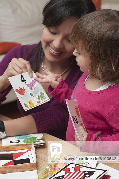 unterrichten Hispanier Tochter Mutter - Mensch