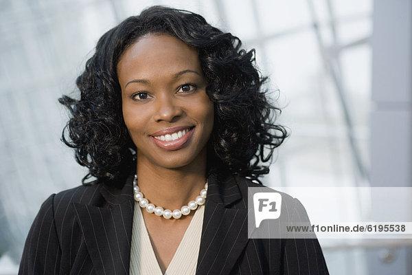 Geschäftsfrau  lächeln